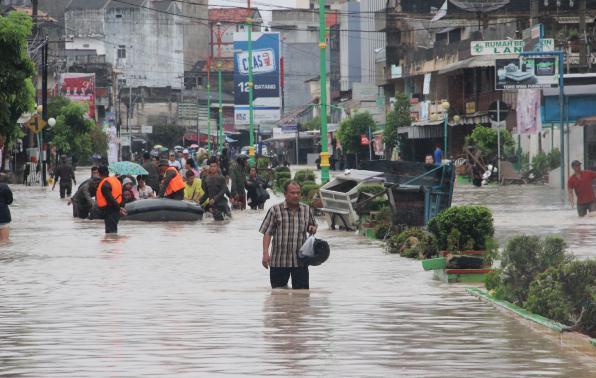 Foto Banjir Daerah Jalan Jenderal Sudirman